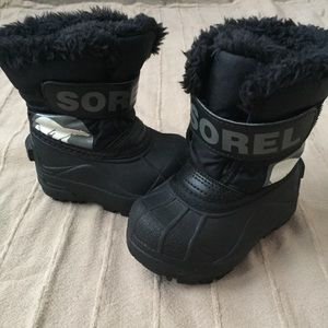 BARELY WORN Sorel Boots for Toddlers Size 5